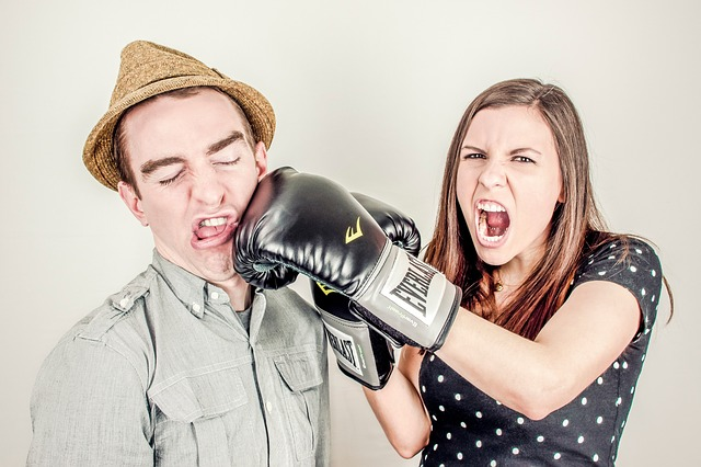 Tearing You Apart: 6 Bad Habits That Ruin Relationships